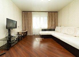 Однокомнатная квартира в аренду, 42 м2, Свердловская область, улица Крупносортщиков, 12А