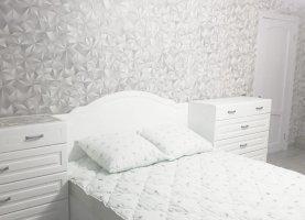 Снять - фото. Снять квартиру посуточно без посредников, Калуга, улица Маршала Жукова, 28 - фото.